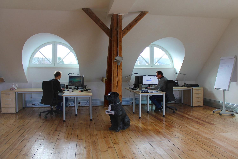 Mitarbeiter im Entwicklerloft in Schorndorf bei Stuttgart