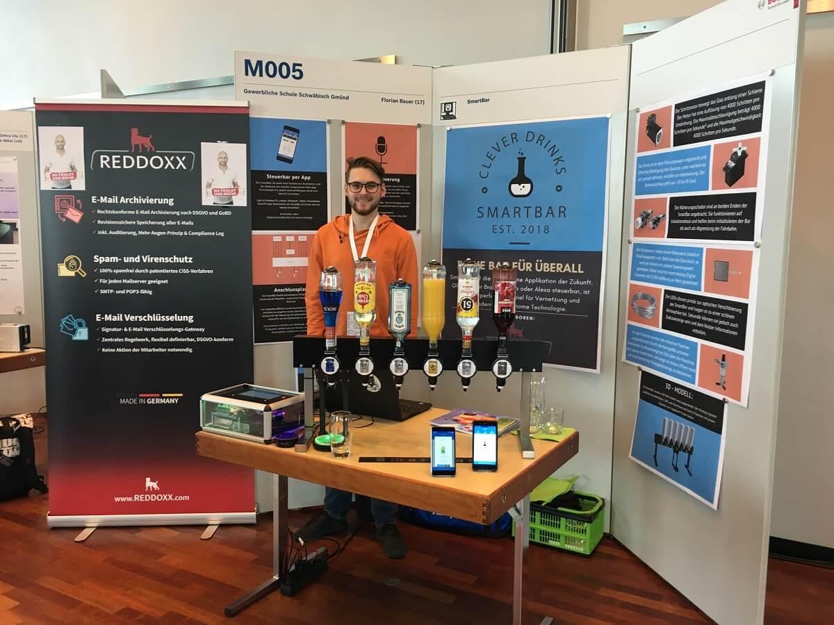 Sieg im Regionalwettbewerb und Sonderpreis im Landeswettbewerb - Florian Bauer begeistert mit Smartbar